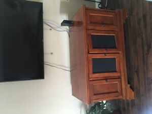 Solid Entertainment stand