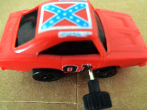 Vintage 1980 Dukes Hazzard General Lee Wristracers Wind Up Racer