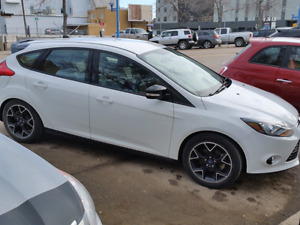 2013 Focus SE. Full Warranty and Maintenance Incl.