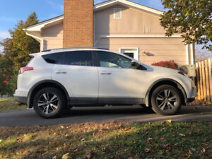 2018 Toyota RAV4 LE - lease takeover ($455/mnth)