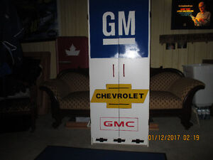 GM/CHEVROLET/GMC Storage Cabinet.