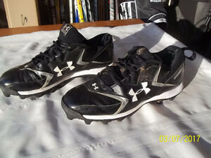 Men's Shoe Cleats Size 11½ (Under Armour Hammer)