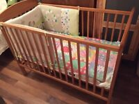 Mamas & Papas cot with bumpers