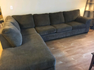 MINT CONDITION BROWN SECTIONAL.