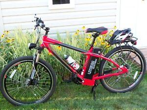 Vélo - Bicyclette Électrique Ecolo Cycle Alto Rouge