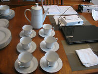 Noritake Fine China - Coffee/Tea Set