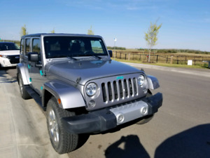 2014 Jeep Wrangler Unlimited Sahara  FOR SALE