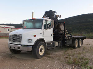 FREIGHTLINER SL80 WITH HIAB 205-2 PICKER FOR SALE