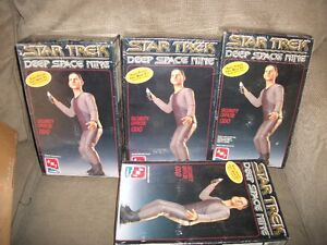 Lot of Star Wars Star Trek Plastic model kits Unopened