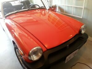 1979 MG Midget with Collector Plates!