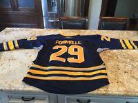 Chandail de hockey Jason Pominville autographié City of Montréal Greater Montréal Preview