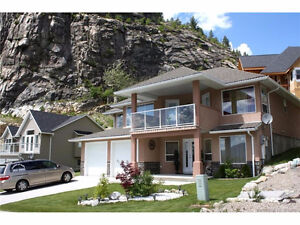 STUNNING FAMILY HOME ON TOP OF THE WORLD!!!