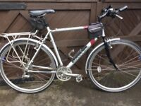 Dawes discovery 601 touring bike, Men's hybrid bicycle