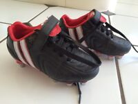 Boys rugby boots