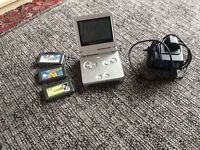 Nintendo game boy advance sp & 3 games & charger