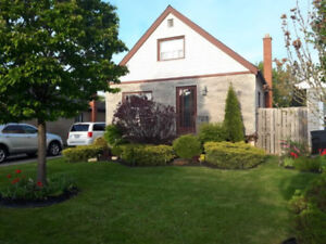 """86 Glassco Ave North - FOR SALE """"OPEN HOUSE JULY 22  2 - 4 PM"""""""