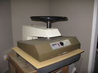 Ademko 2226 Ademko Drymounting-Laminating Hot Press