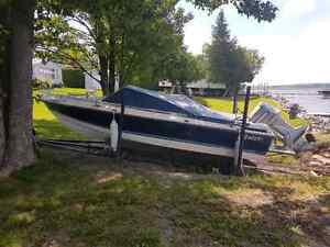 18 ft, 115 horsepower boat incl Rail system and cover Peterborough Peterborough Area image 2