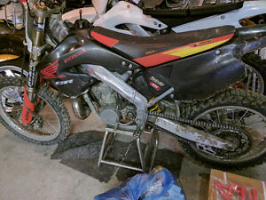 Cr125 cr250 plastics 00-01 $80 no cracks