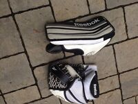 Reebok 4K Youth blocker and catcher