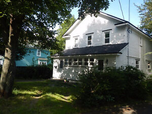 Great 5 Bedroom Home on FOREST ROAD available NOW