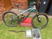 Specialized fsr stumpjumper comp 2008 mountain bike (upgraded)