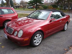 2000 Mercedes-Benz CLK 320 Red Convertible