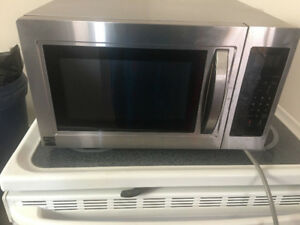 Kenmore stainless steel over the counter microwave 1.5 year old