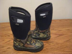 Bog boots size 11