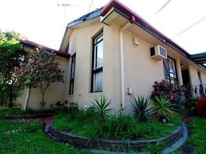Great Room for rent near Monash Uni close to Bus Stop + bills inc Mulgrave Monash Area Preview