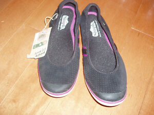 SLIP SHOES BY SIMPLE SIZE 6 NEW