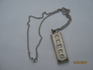 Queens Silver Jubilee Hallmarked Sterling Pendant/Chain (NEW)