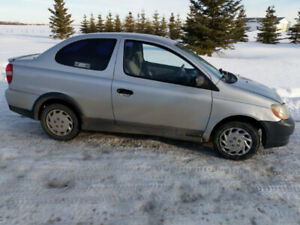 2000 Toyota Echo Runs and Drives Great, 5 Speed