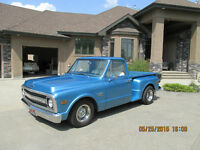 AWESOME TRUCK, GREAT RESTORATION !!!