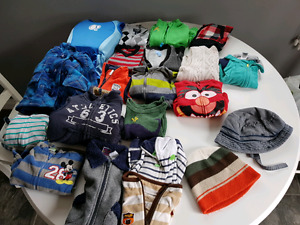 9-12 month clothing  65 pieces
