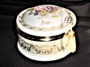 VINTAGE HAND PAINTED ( BY BERGER ) PORCELAIN CONTAINER, BOWL