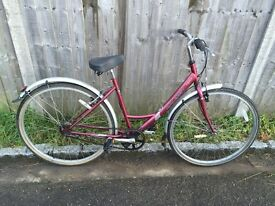Raleigh Caprice Ladies Town Bike. Free D-Lock, Lights & Delivery. Very Good condition