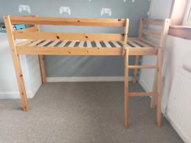 Junior bed.