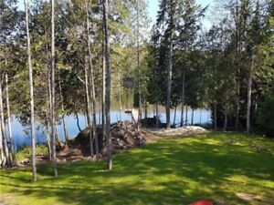 Cottage Rental - Lake Front - Aug 26 to 31 Still Available!!