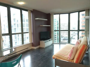 Furnished 1-bedroom + solarium @ downtown area for rent