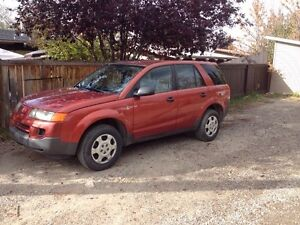 Clean 2003 Saturn vue