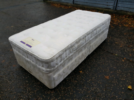 Single divan bed with clean mattress & storage, delivery available