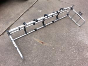 Tailgate rack