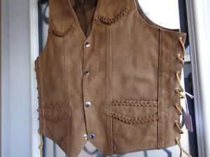 Brown leather vest in Ladies Med.  recycledgear.ca Kawartha Lakes Peterborough Area image 2