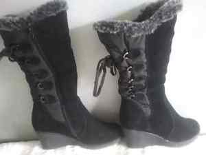 Ladies size 8 winter boots!