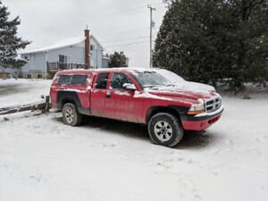 2004 Dodge Dakota 4x4 Camionnette