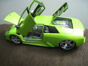 Toy Diecast Car 1 18 Maisto Playerz Lamborghini Murcielago Model