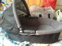 Quinny Pram/baby carrier