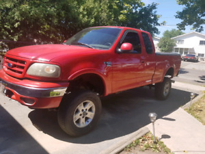 Lifted ford f150 MOVING AND NEED GONE