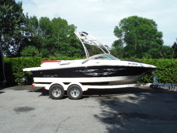 Used 2007 Sea Ray Boats 195 Sea Ray Sport with extra options